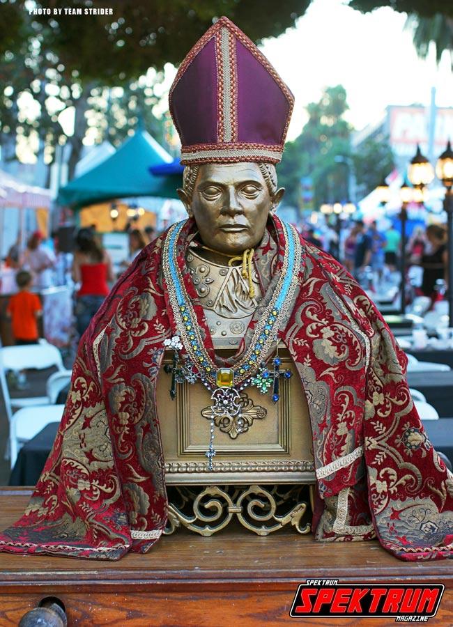 Bust of San Januarius near the entrance