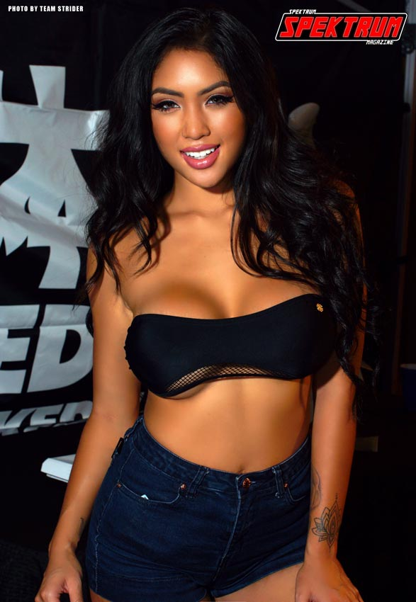 Miss HIN Dallas Marie Madore looking gorgeous at the Naked Sushi Booth
