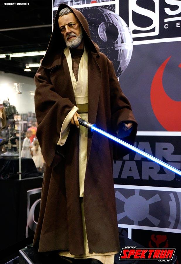 Really nice full-size statue of Obi-Wan Kenobi