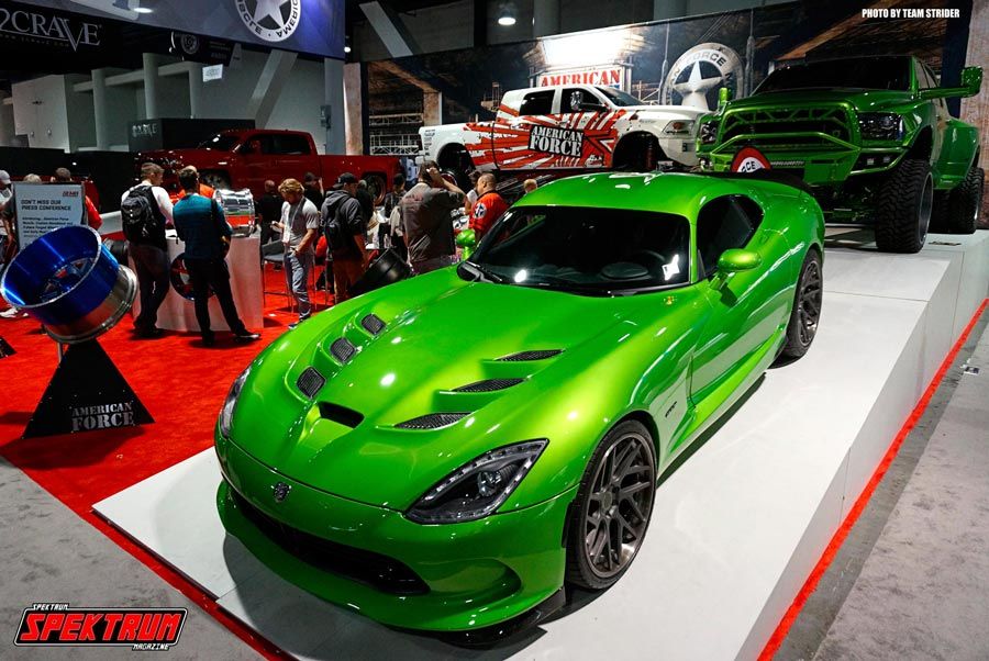 Dodge Viper glistening under the lights at the show