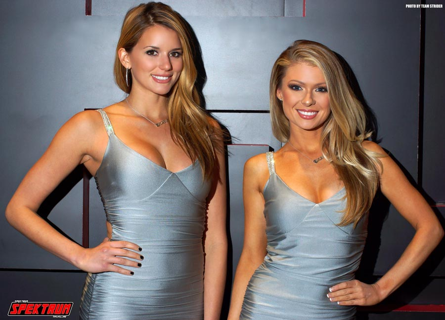 Models at the 2Crave booth at SEMA