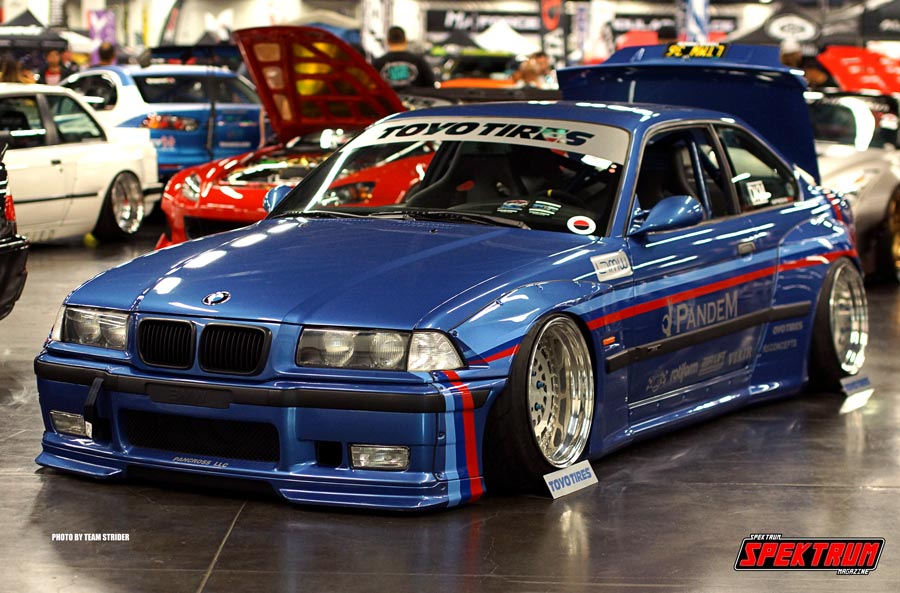 Classic BMW looking oh so fine at Spocom