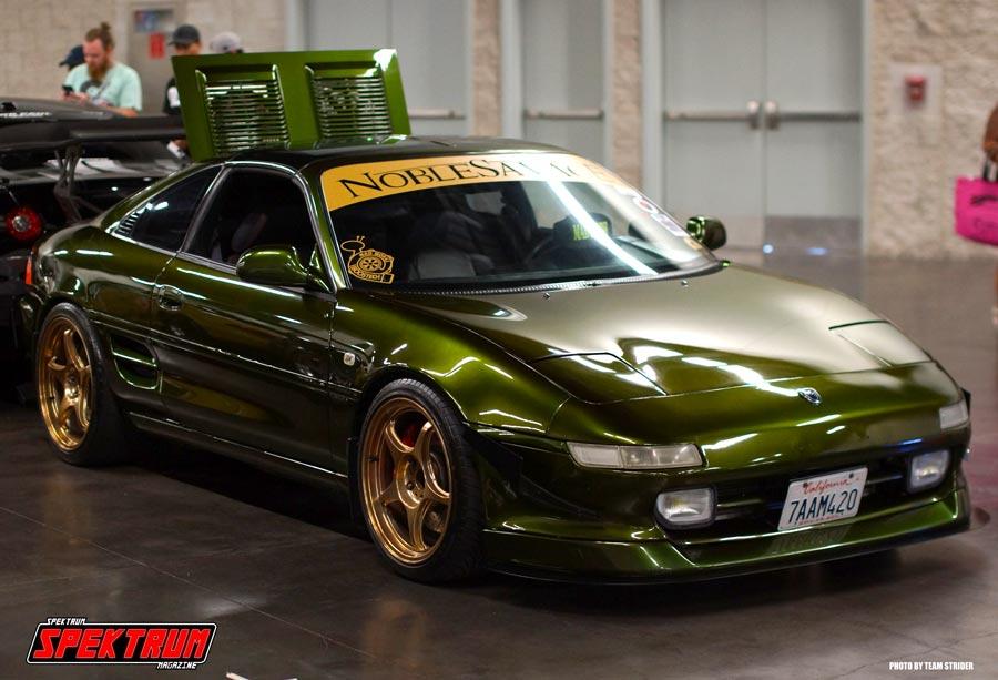Sweet Toyota MR2 in green