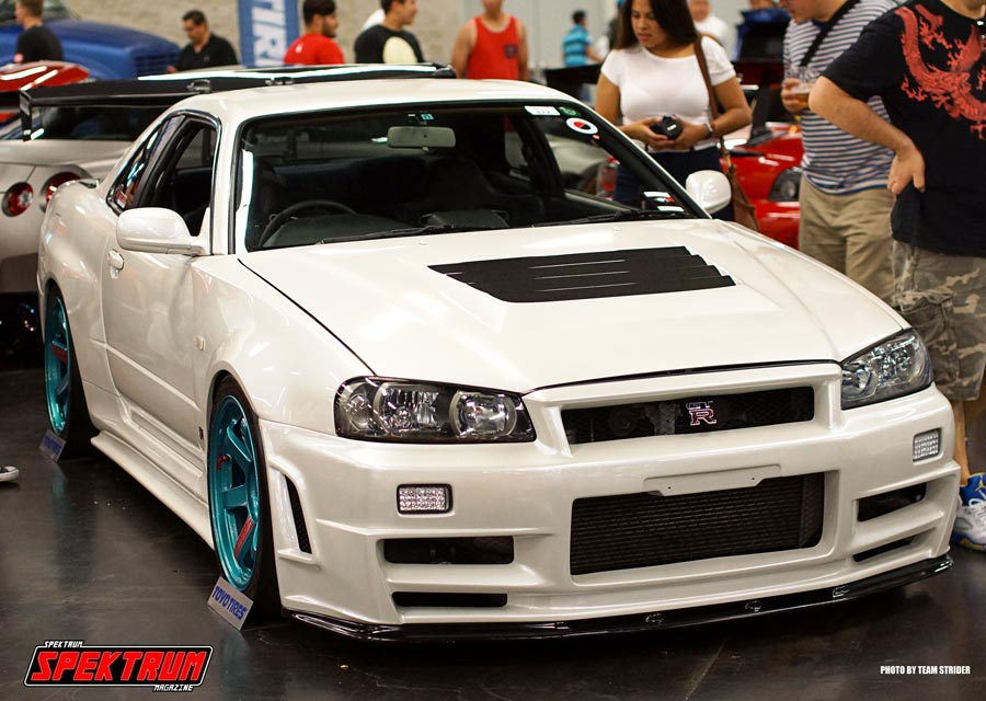 Nissan Skyline R34 in all of its glory