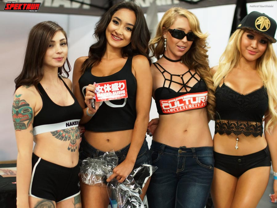 Our team member Hanna with Monique and other models having fun