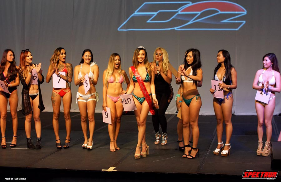 The winner of the bikini contest is crowned at Spocom 2016