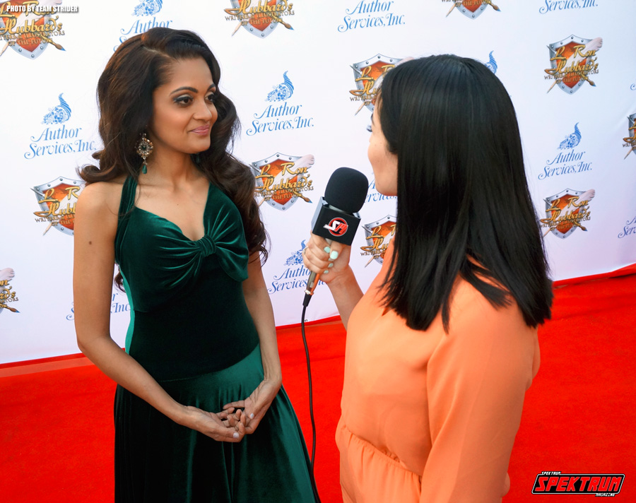 Our reporter Claudia interviewing actress Sheena Chohan on the red carpet