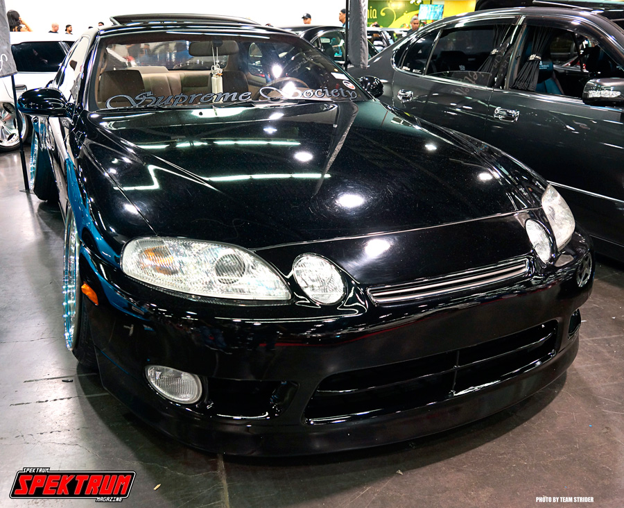 Toyota/Lexus Soarer in black