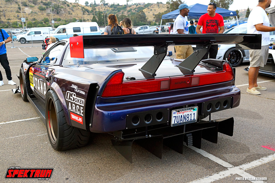 One super modded Acura NSX. This is sexiness personified