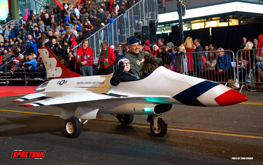 A US Air Force Thunderbird Minijet